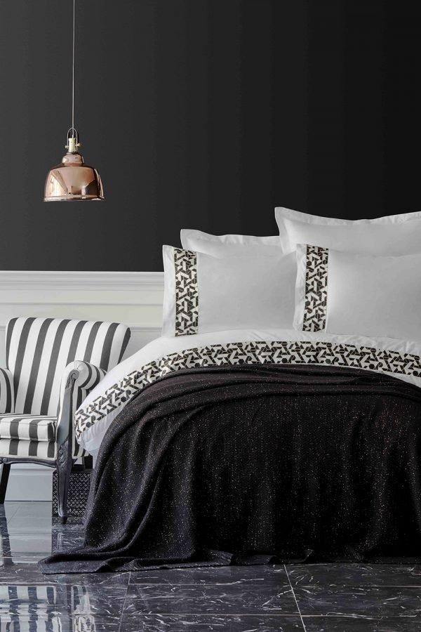 Постельное белье с пледом Karaca Home Blaze siyah 2019-1 200x220 (sv-2000022194372) Белый|Черный фото