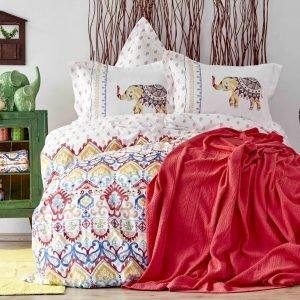 Постельное белье с покрывалом пике Karaca Home Marodisa 2018-2 pike jacquard 200×220