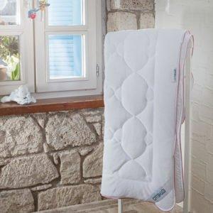 купить Детcкое одеяло Othello - Nuova антиаллергенное Белый фото