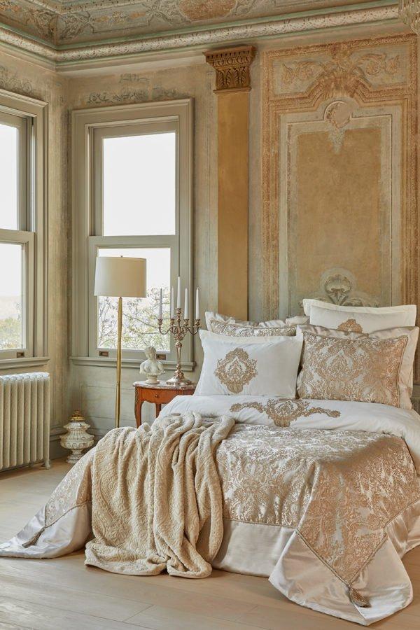 купить Постельное белье с покрывалом + плед Karaca Home Eldora gold 2020-1 Золотой|Бежевый фото