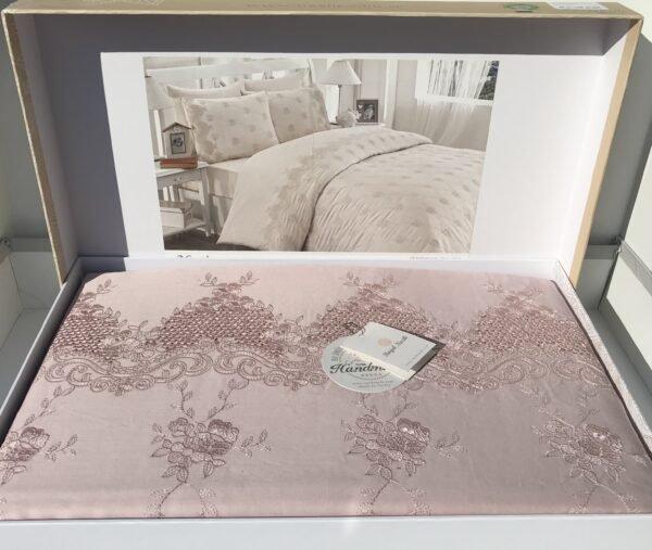 купить Постельное белье cатин делюкс с вышивкой Iris pudra Розовый фото